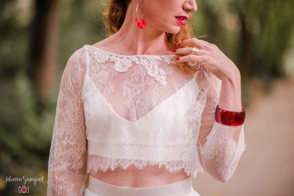 Mariée funky accessoires rouges Alice Marty Fleuriste textile Albi Toulouse