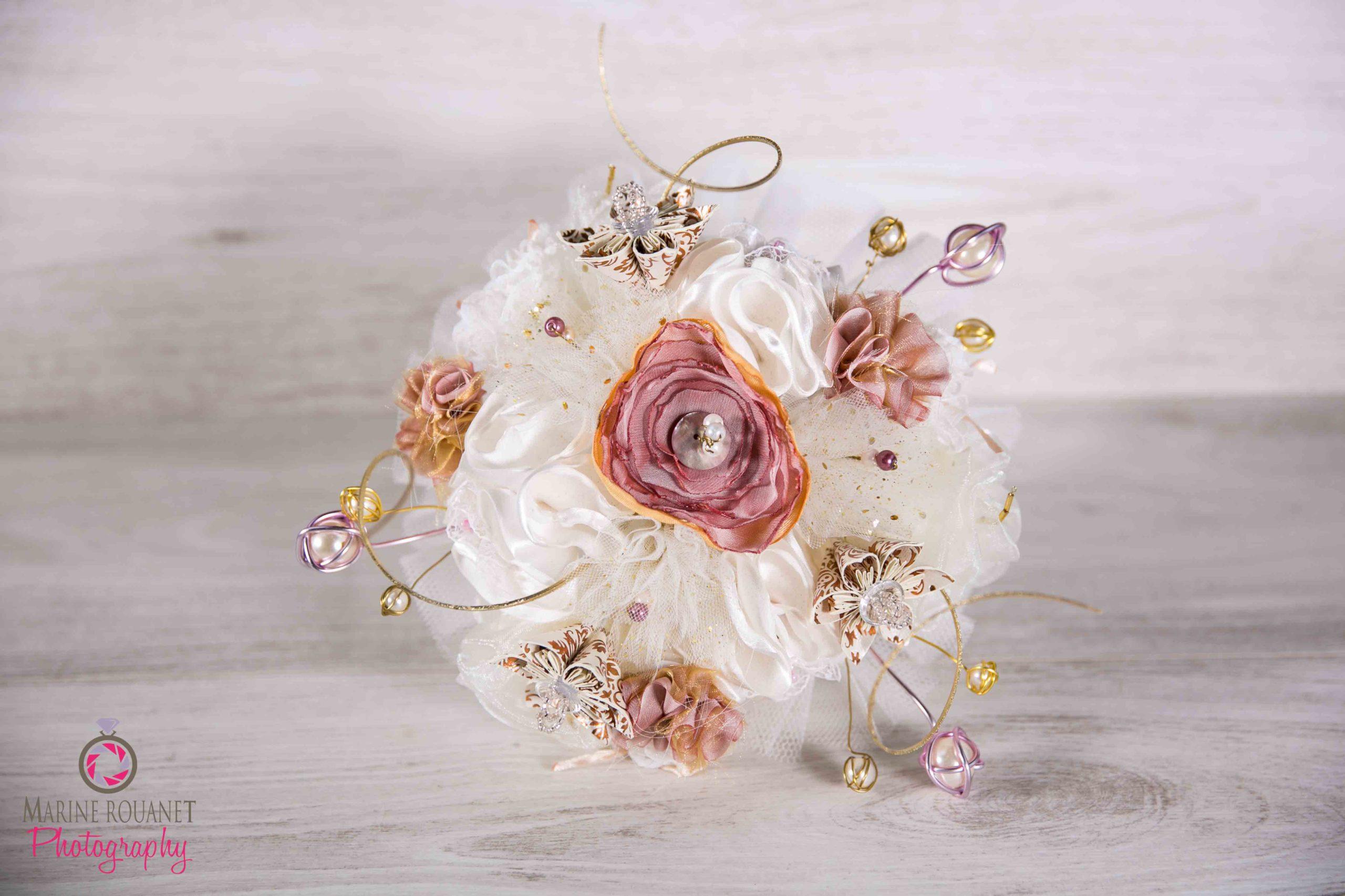 Arty Malice Fleuriste mariage Albi Toulouse Bouquet mariée Collection Rose poudré Or Ivoire
