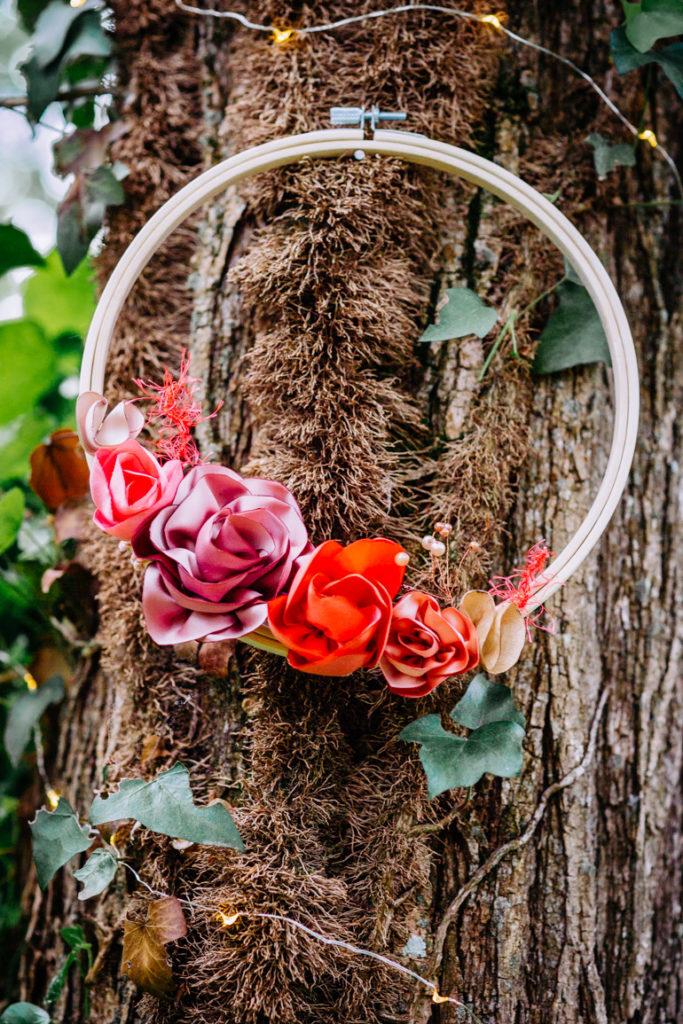 Cercle fleuri Corail rose Alice Marty Accessoires mariage Toulouse Albi Bordeaux