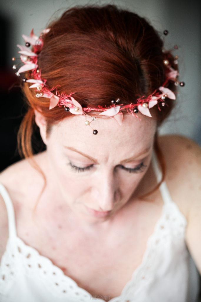 Couronne mariée rose pâle et perles Alice Marty Accessoires mariage Toulouse Albi Bordeaux