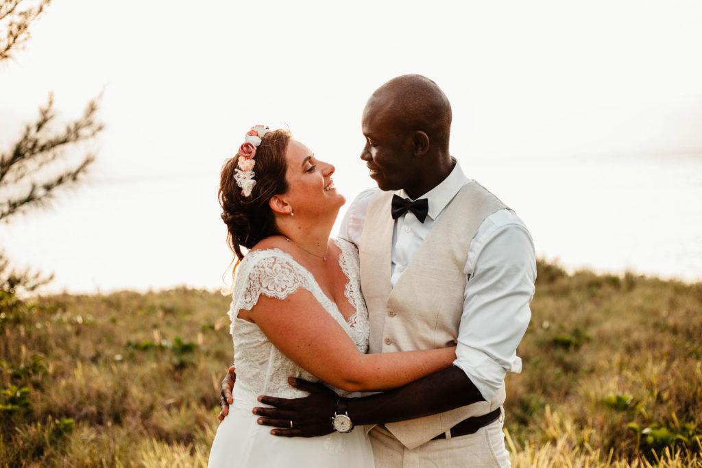 Mariage aux Bahamas Couronne de fleurs Alice Marty Accessoires mariage Toulouse Albi Bordeaux
