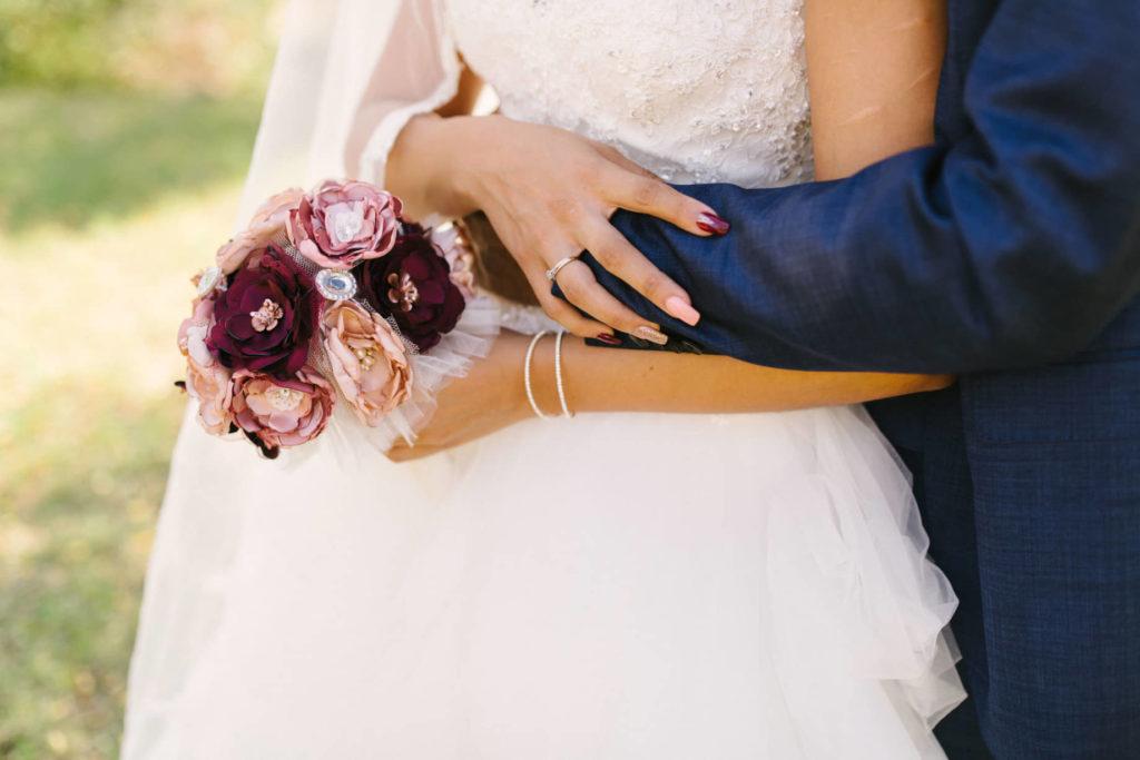 Bouquet tissu Chiffons et broches Alice Marty Accessoires mariage Albi Toulouse Bordeaux