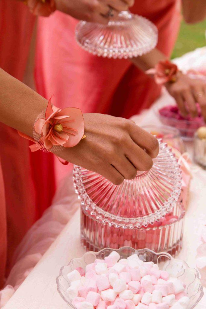 Bracelet fleur demoiselle d'honneur Alice Marty Accessoires mariage Albi Toulouse Bordeaux
