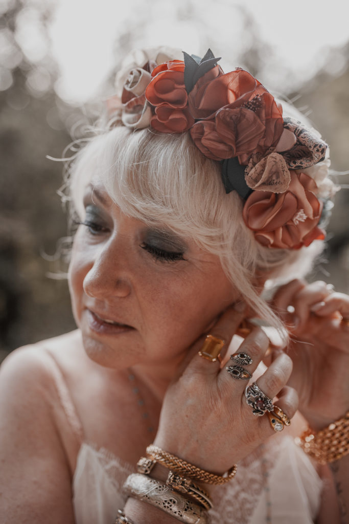 Couronne de fleurs textile Mariée rock Alice Marty Créatrice d'accessoires Toulouse