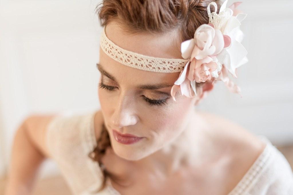 Alice Marty Créatrice d'accessoires mariage Headband fleuri bohème