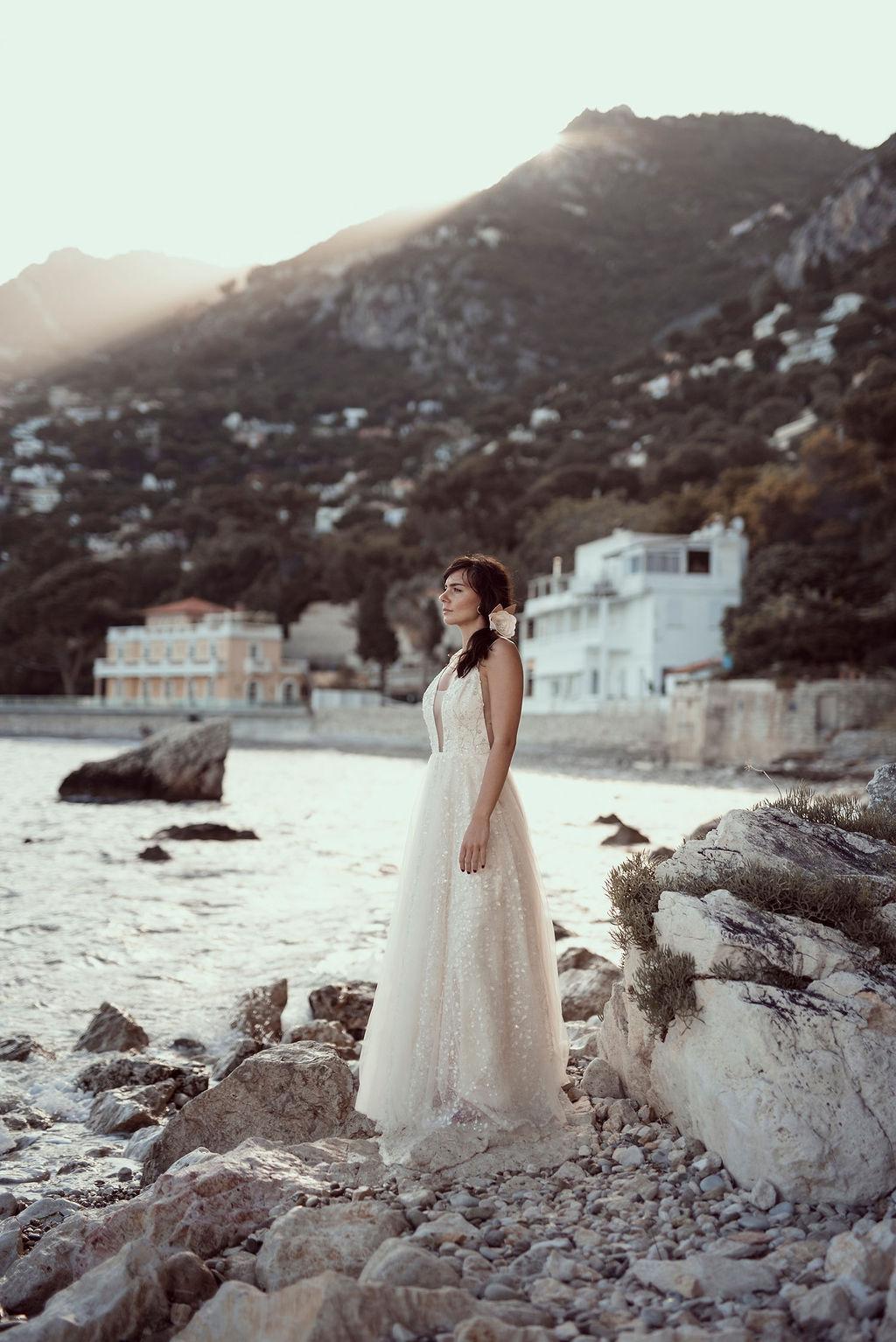 Rose en tissu ornement de coiffure Alice MARTY Couture Florale Accessoires mariage et jolis jours