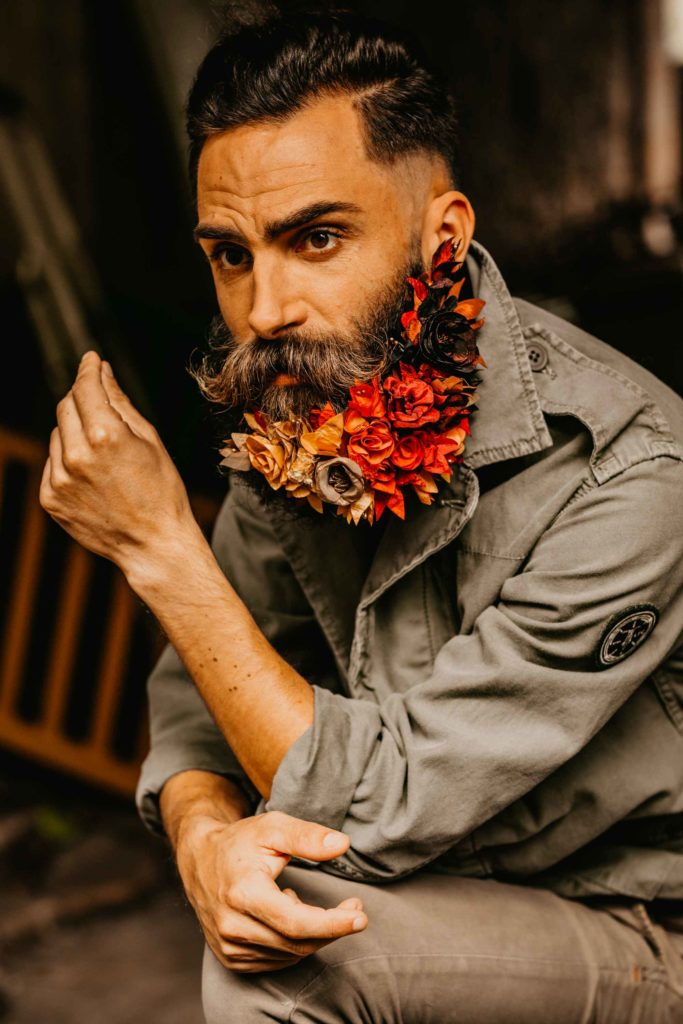 Shooting barbe fleurie couleurs d'automne Alice MARTY Couture florale Artisan d'art Albi Toulouse Mariage