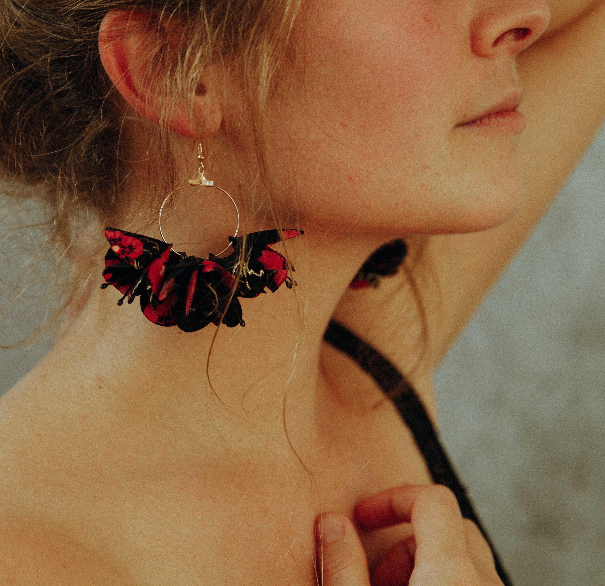 Boucles d'oreilles Armance créoles fleuries Alice Marty Couture florale Créatrice mariage Albi Toulouse