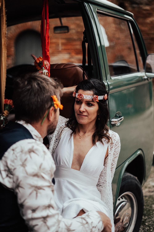 Bandeau mariée et boutonnière marié inspiration Woodstock / Alice MARY Couture florale Accessoires mariage Albi Toulouse