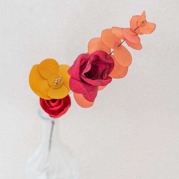 Fleurs sur tige Teintes d'automne Eucalyptus Roses Coquelicot Décoration mariage Alice Marty Albi Toulouse