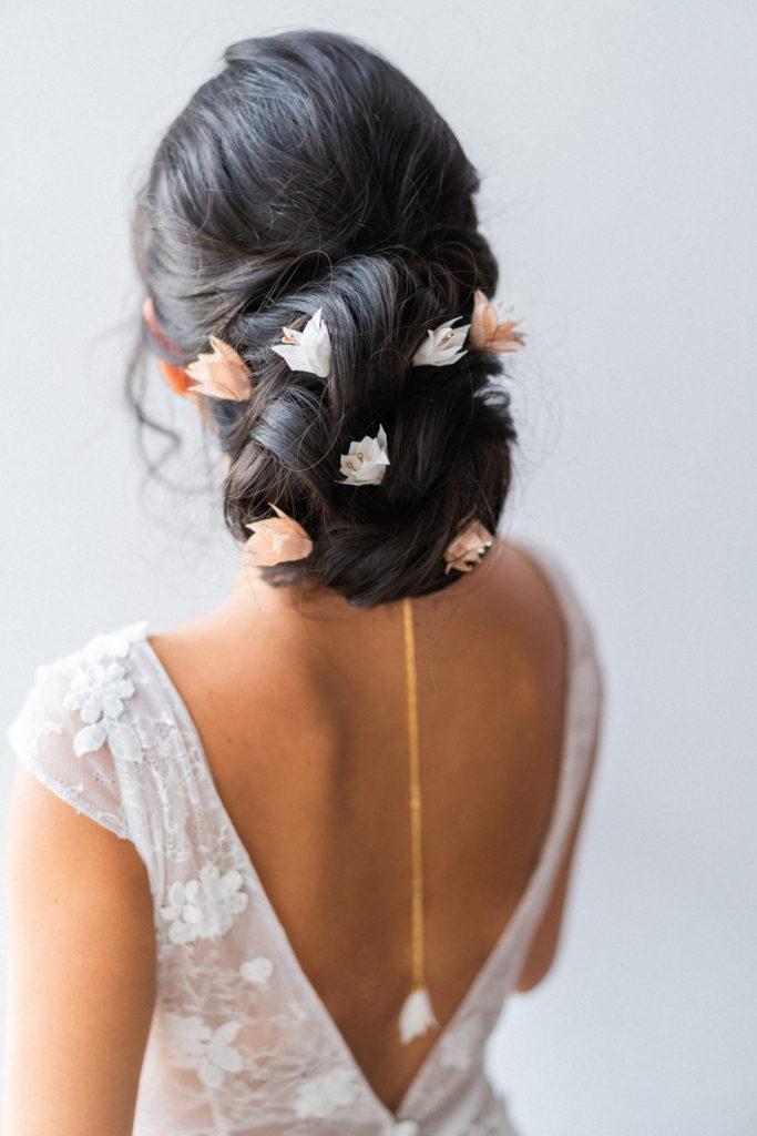 Epingles à chignon pour mariée Petites fleurs ivoire et nude Alice Marty collection mariage Artisan d'art Albi Toulouse