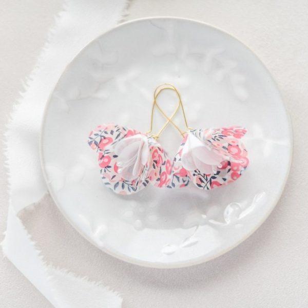 Boucles d'oreilles florales Eugénie - Alice MARTY Couture florale Collection Liberty