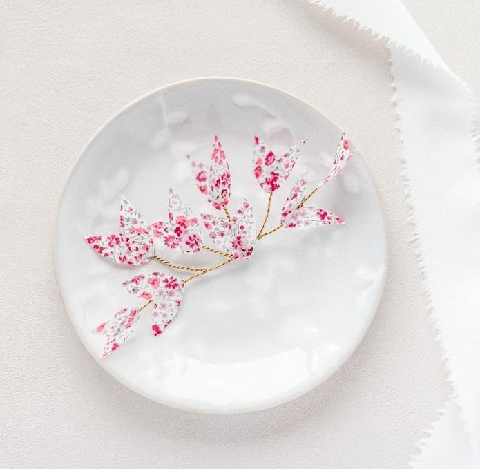 Ornement de coiffure mariée Colette petites feuilles - Alice MARTY Couture florale Collection Liberty