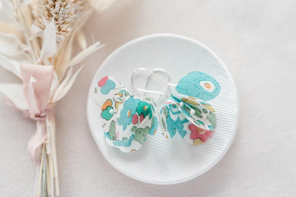 Boucles d'oreilles florales Ninon - Alice MARTY Couture florale Collection Liberty