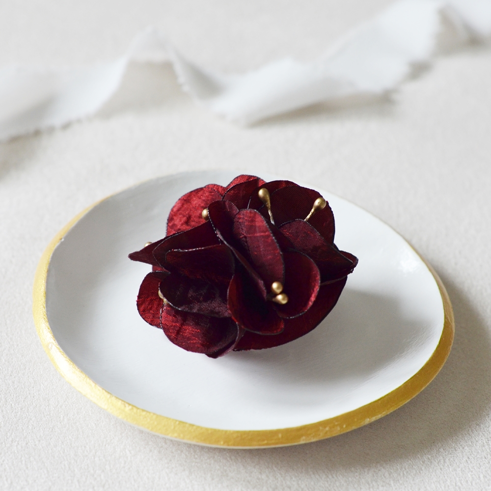 Broche fleurie Ninon Alice MARTY Couture florale Accessoires mariage Toulouse